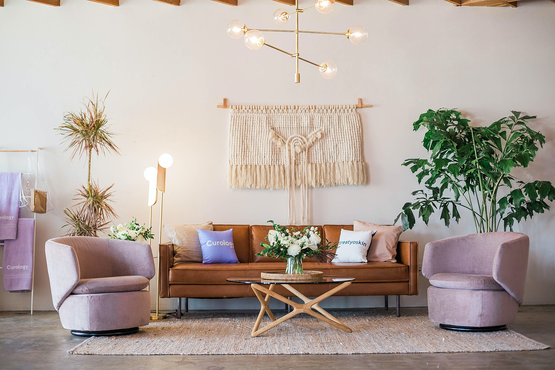 Living room with old style decor-paying homage to previous design trends with a modern twist incorporating current design trends