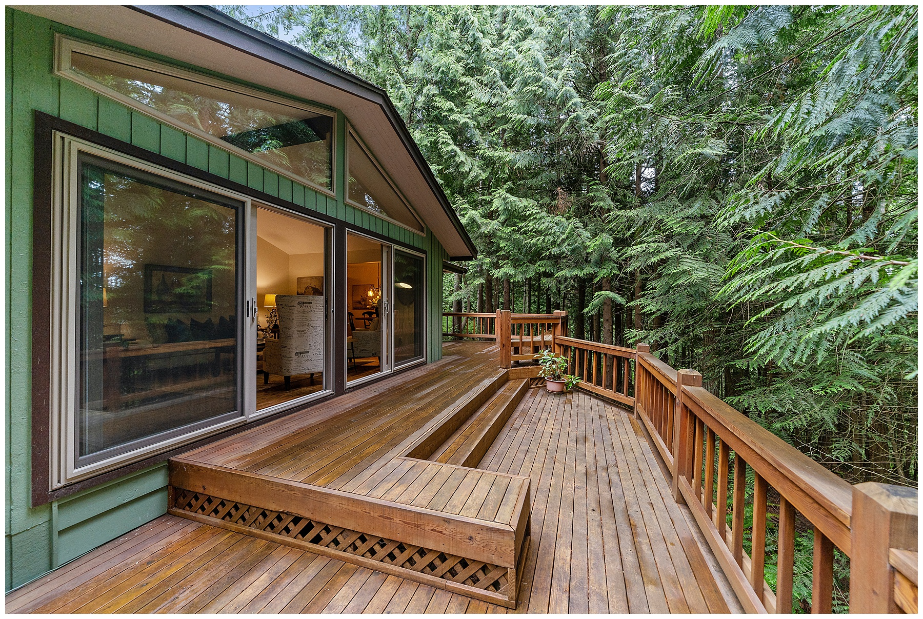Large back deck off of house